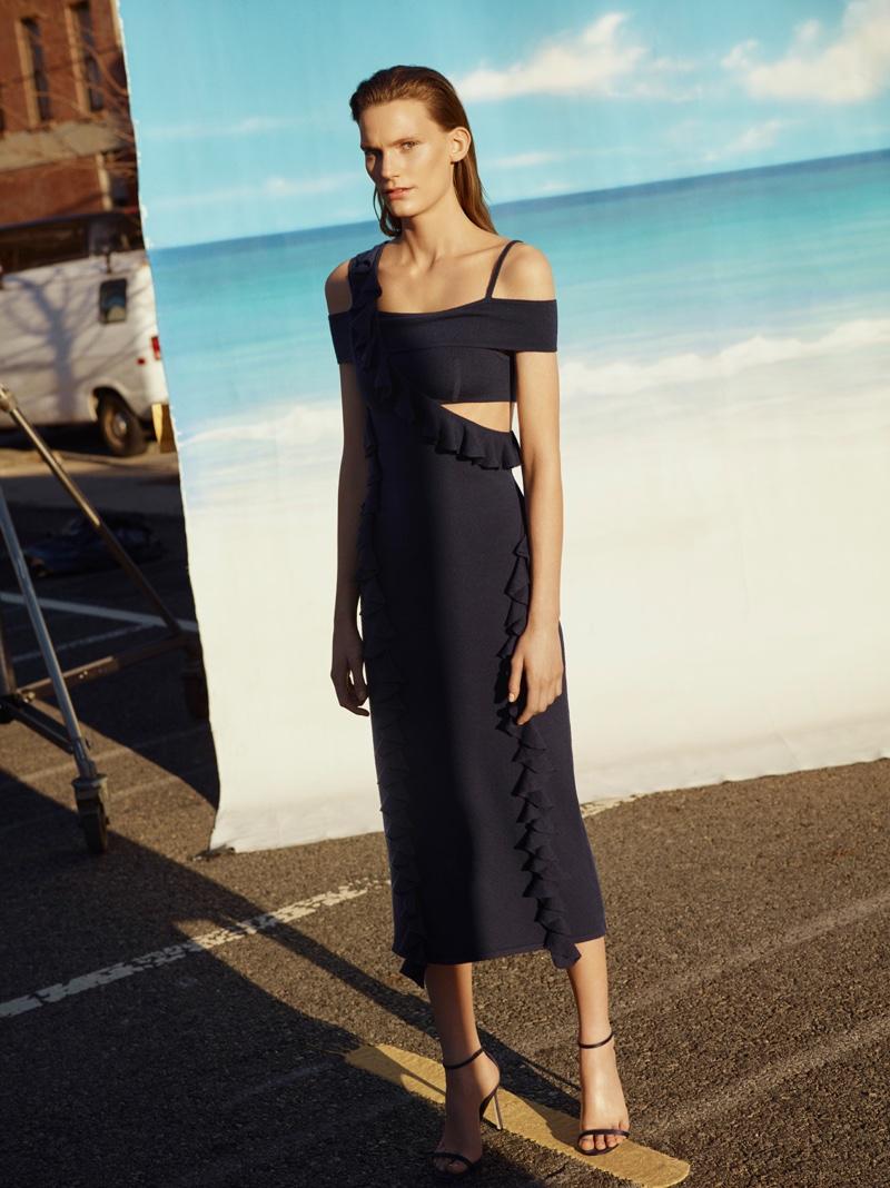Designer Jason Wu designs form-fitting dress with The Woolmark Company