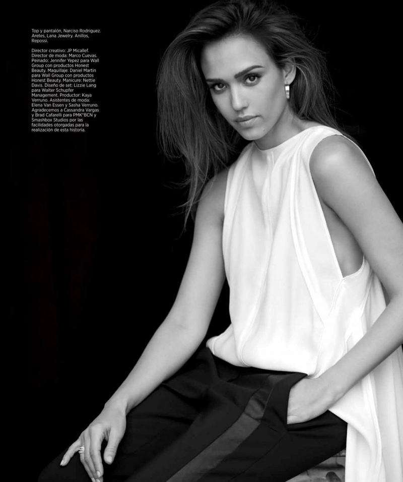 Taking on a classic combination, Jessica Alba wears Narciso Rodriguez top and pants