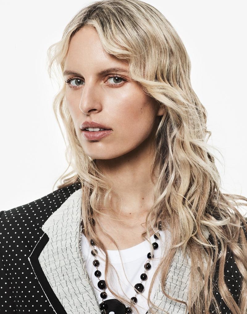 Karolina Kurkova poses in total look from Dolce & Gabbana