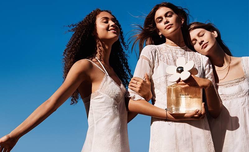 Kaia Gerber, Sofia Mechetner and Dilia Martins star in Marc Jacobs Daisy fragrance campaign
