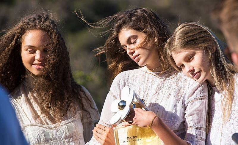 Dilia Martins, Kaia Gerber and Sofia Mechetner behind the scenes at Marc Jacobs Daisy fragrance campaign
