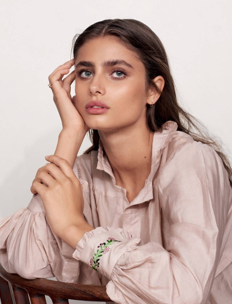 Taylor Hill Gives a Lesson in Nonchalant Style for Glamour France