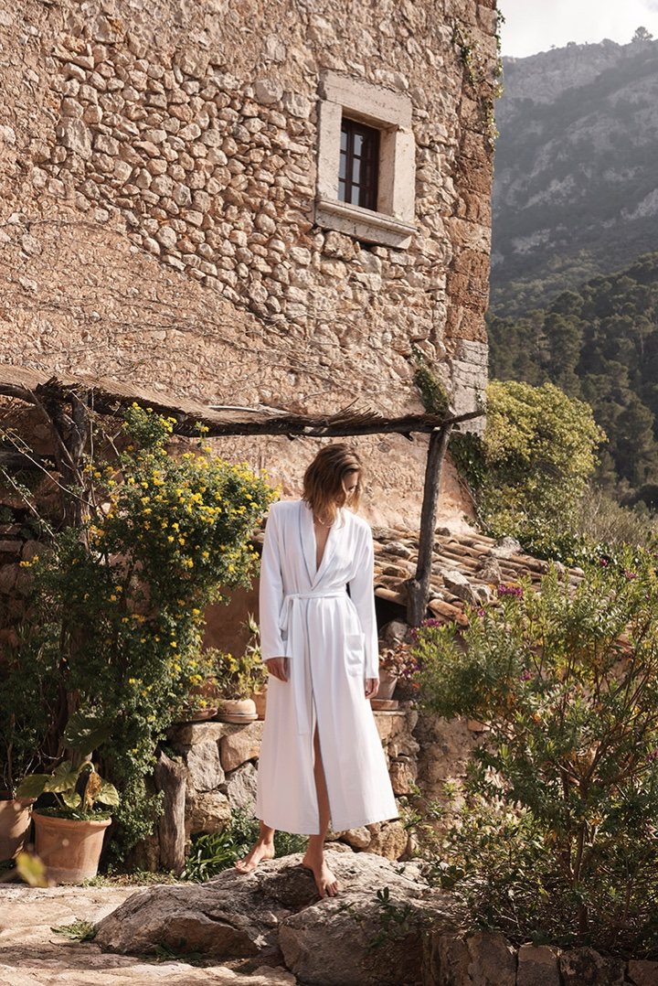 Zara Home features long white robe from spring-summer 2017 collection