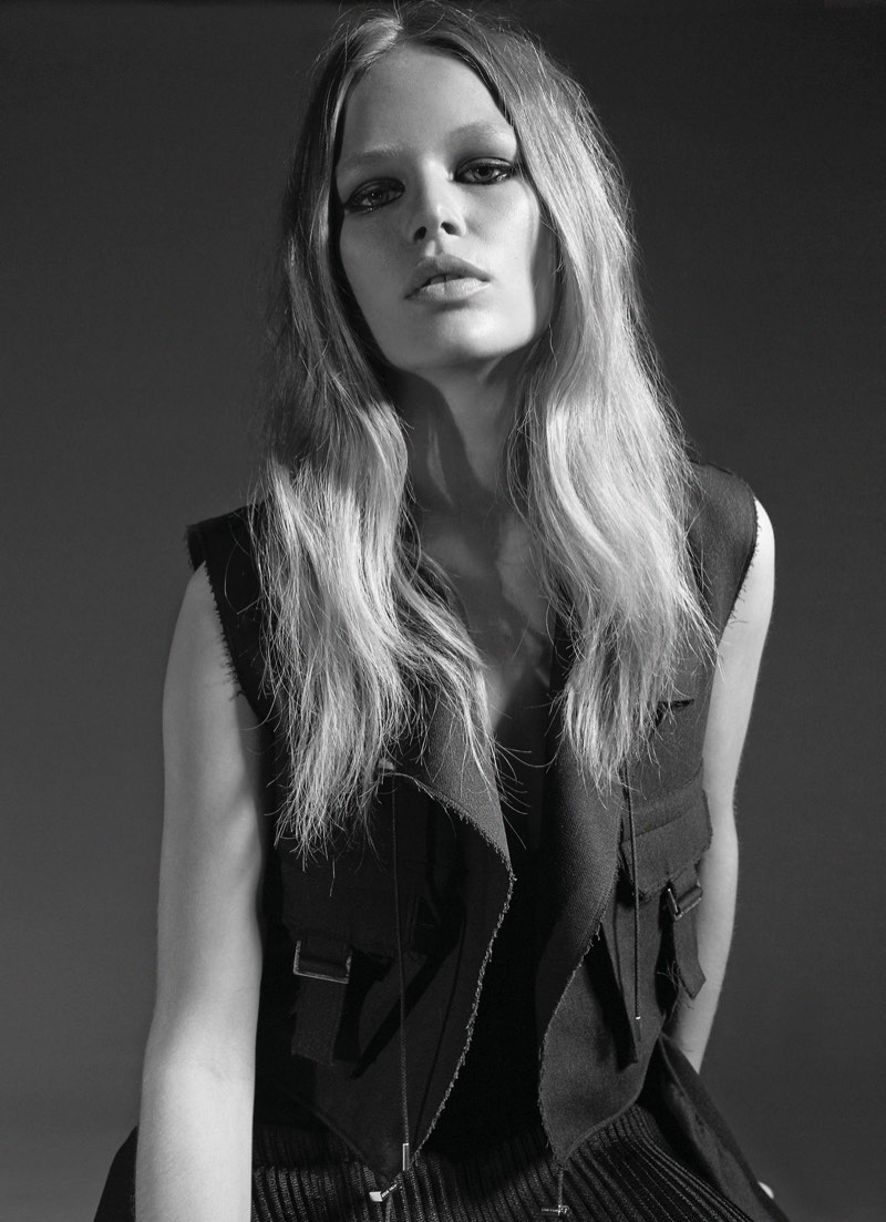Anna Ewers models BOSS vest with attached pockets