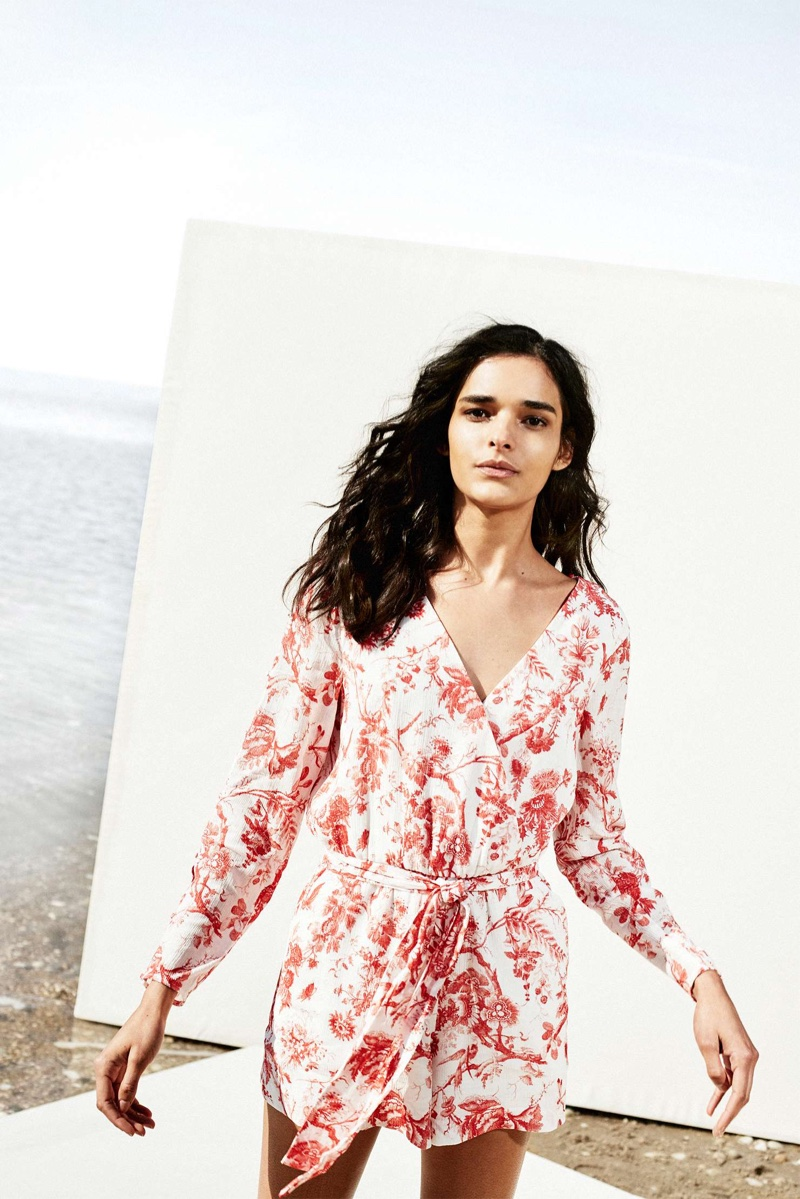 Step Into the Sun: 6 Warm Weather Styles from Club Monaco