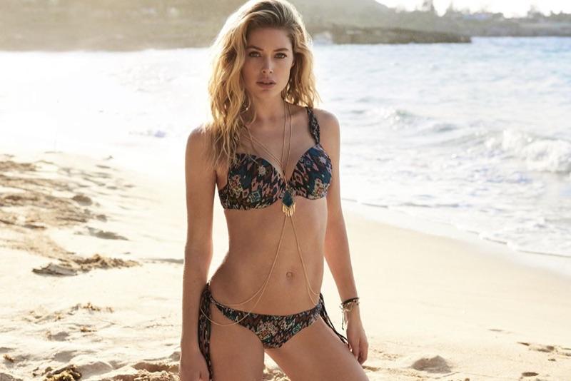 Flaunting her bikini body, Doutzen Kroes models printed swimsuit set in Hunkemoller campaign