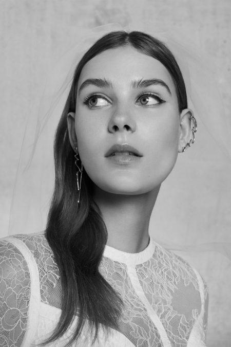 Elie Saab's Spring 2018 Bridal Collection is Effortlessly Elegant