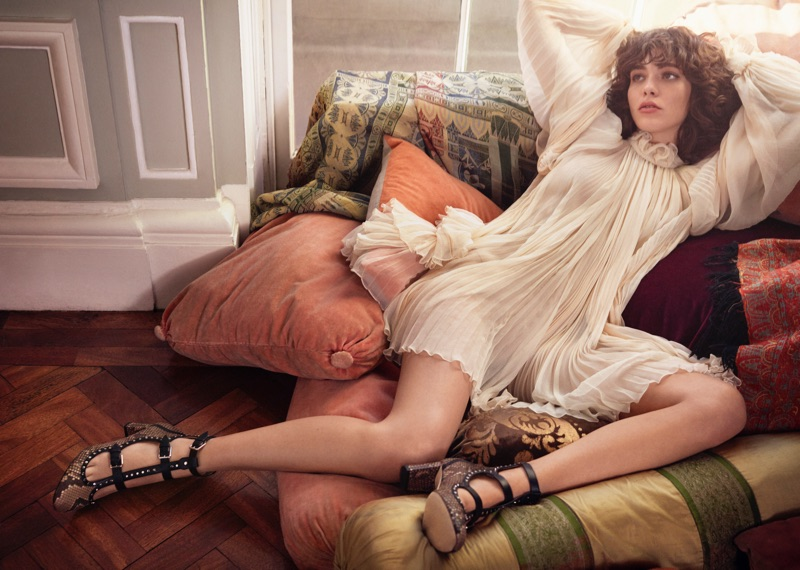 Steffy Argelich Lounges in Style for Jimmy Choo's Pre-Fall 2017 Campaign