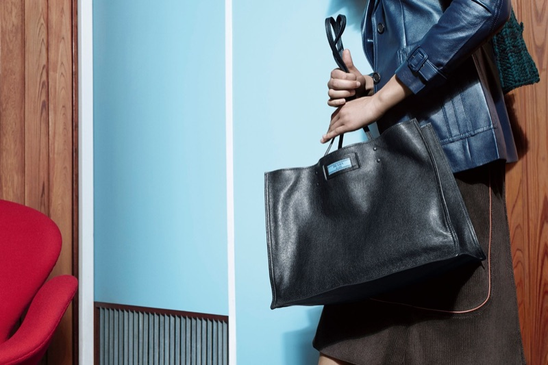 Tote bags take the spotlight in Prada's pre-fall 2017 campaign