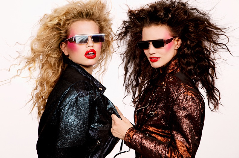 Daphne Groeneveld & Rianne ten Haken Look 80's Glam in Le Specs Sunglasses