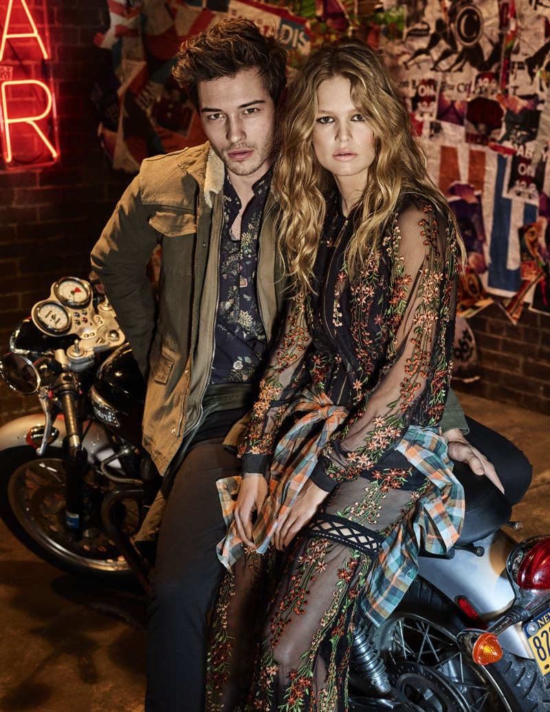 Francisco Lachowski joins Anna Ewers for Colcci's fall 2017 campaign