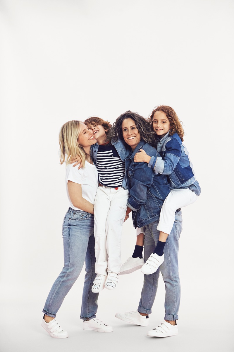 Ali Bird and wife Cass Bird pose with daughter Mae and son Leo for Gap Mama Said campaign