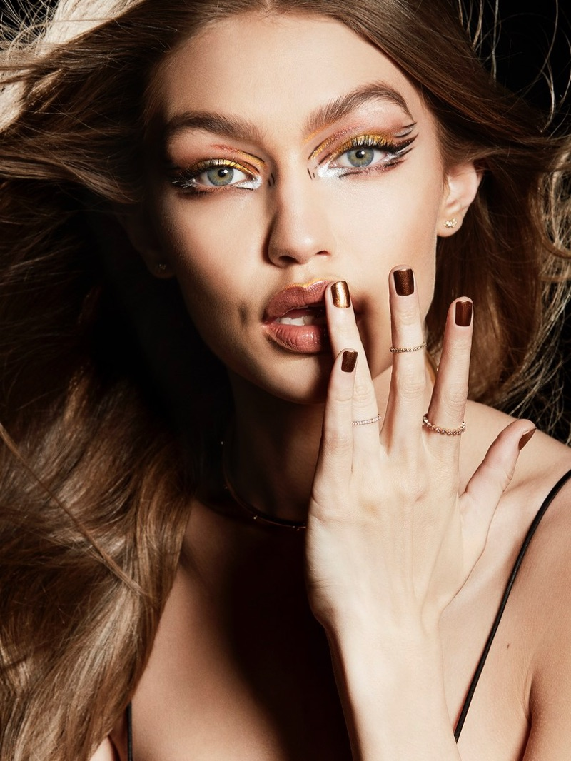 Supermodel Gigi Hadid shines with a bronzed makeup look from Maybelline