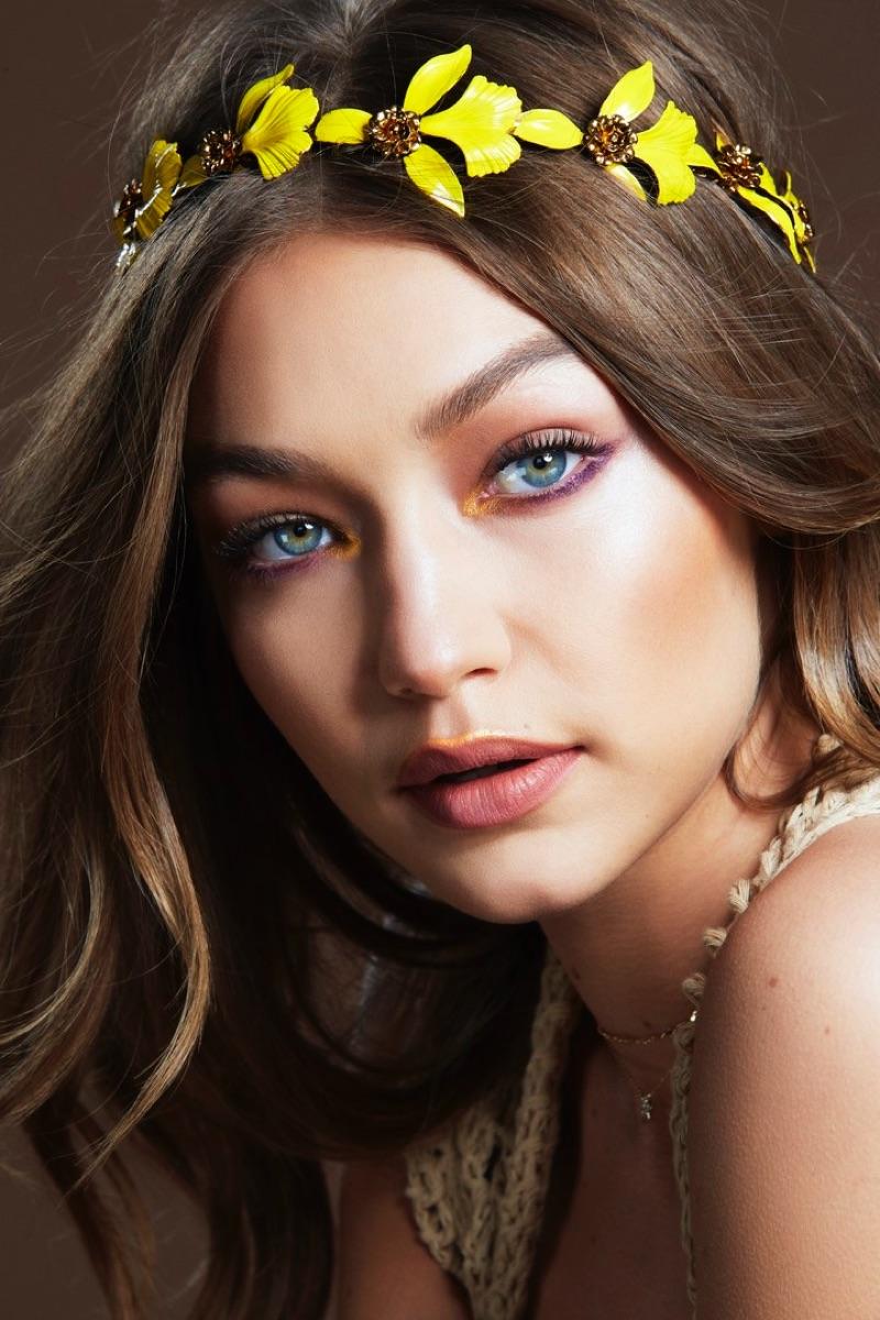 Gigi Hadid wears festival makeup look from Maybelline