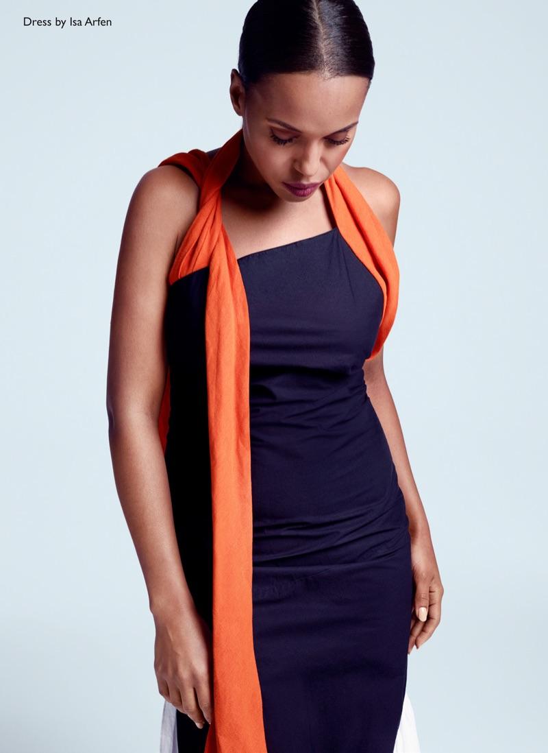 Going sleeveless, Kerry Washington wears Isa Arfen dress