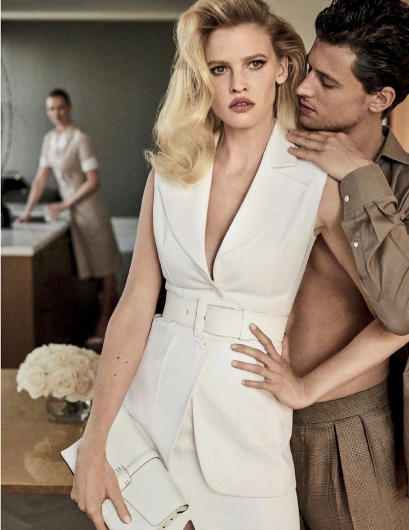 Lara Stone Serves Pure Elegance in Vogue Mexico