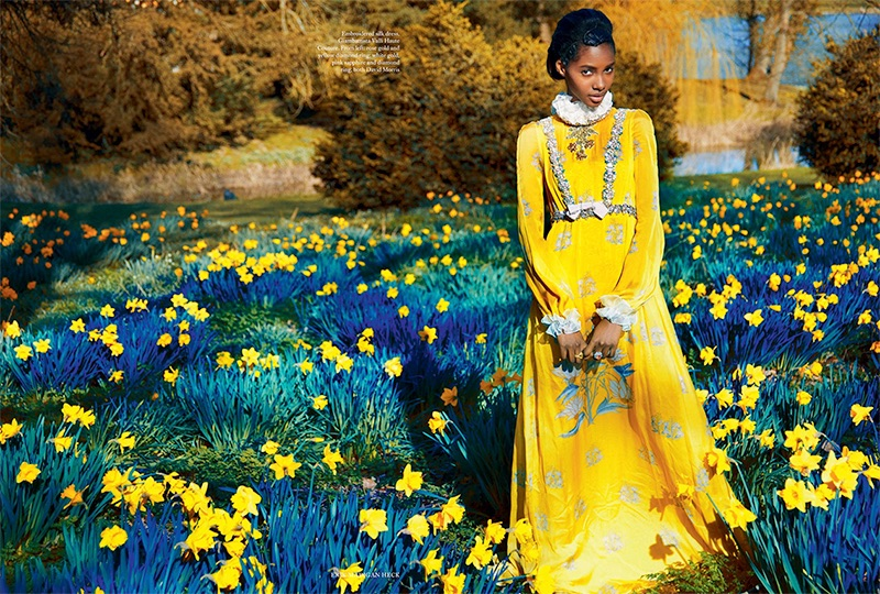 Tami Williams stands out in a Giambatiista Valli Haute Couture embroidered silk dress