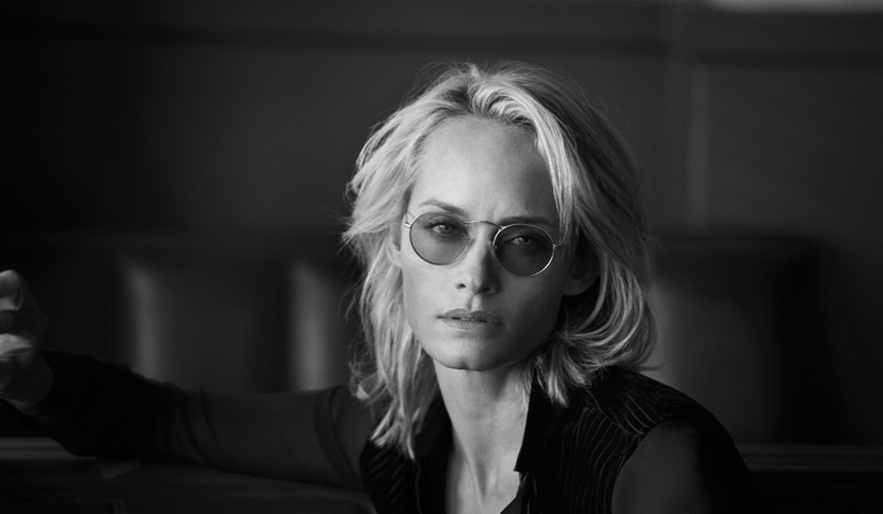 979b86a6a85 ... Model Amber Valletta wears circular sunglasses in Oliver Peoples  30th  anniversary campaign