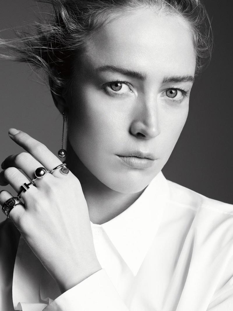 Raquel Zimmermann Models Tiffany Amp Co S New Minimal Jewelry