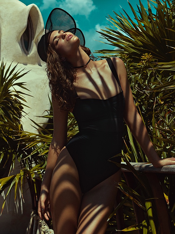 Robin Marjolein Poses in All Black Summer Looks for Cosmopolitan Germany
