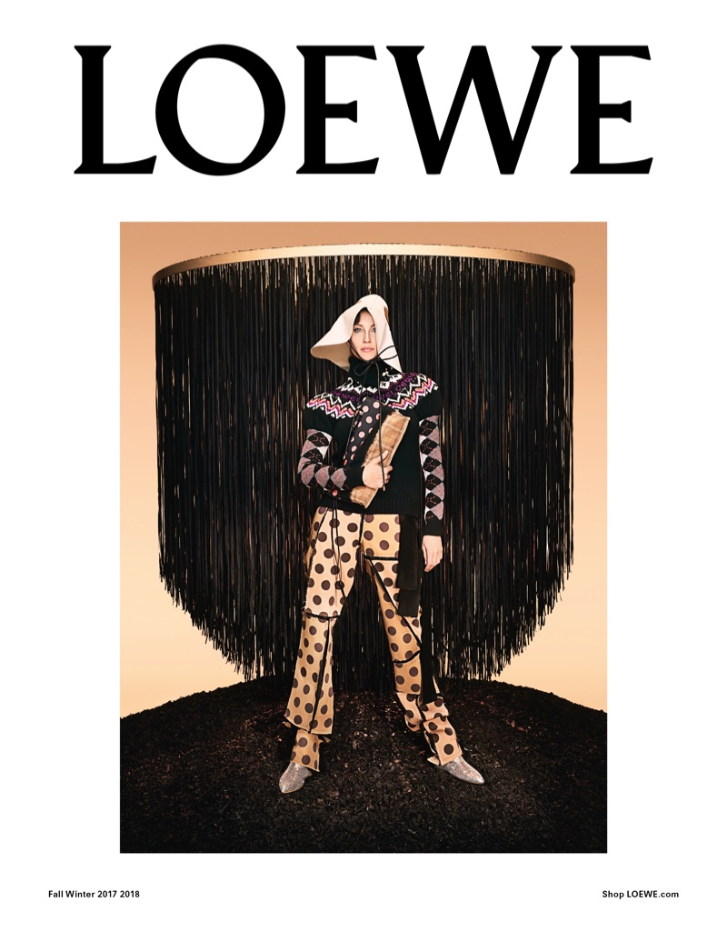 Loewe's fall-winter 2017 advertising campaign stars Gisele Bundchen
