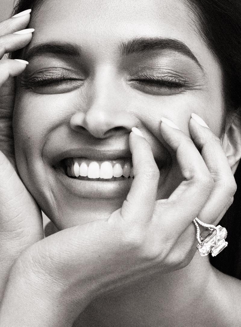 Flashing a smile, Deepika Padukone shows off a dazzling ring