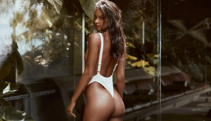 Lais Ribeiro flaunts her figure in one-piece swimsuit from Fae Swimwear