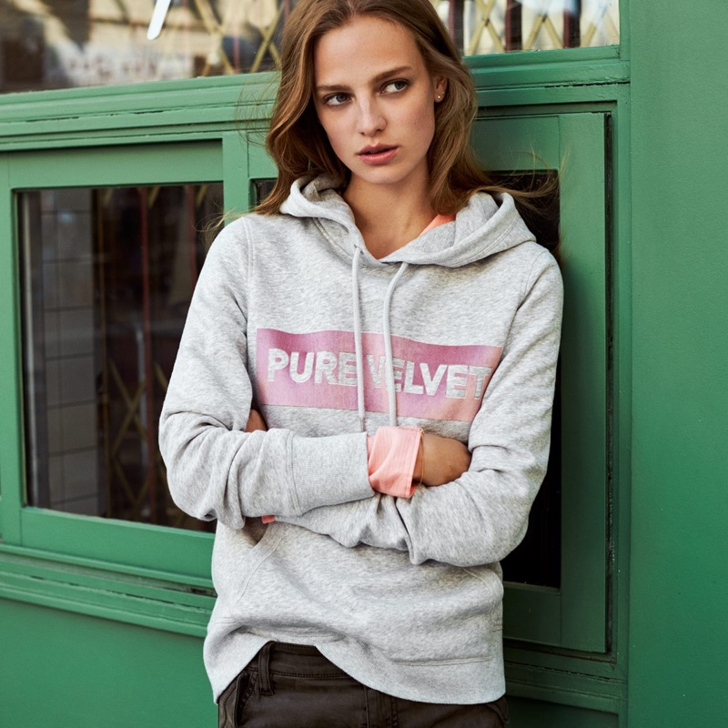H&M Hooded Sweatshirt and Lyocell-Blend Cargo Pants