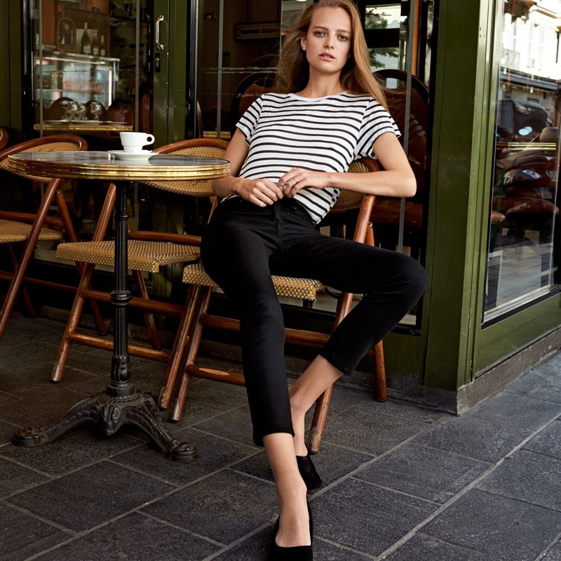 H&M Lyocell Top, Ankle-Length Slim-Fit Pants and Low-Heeled Pumps