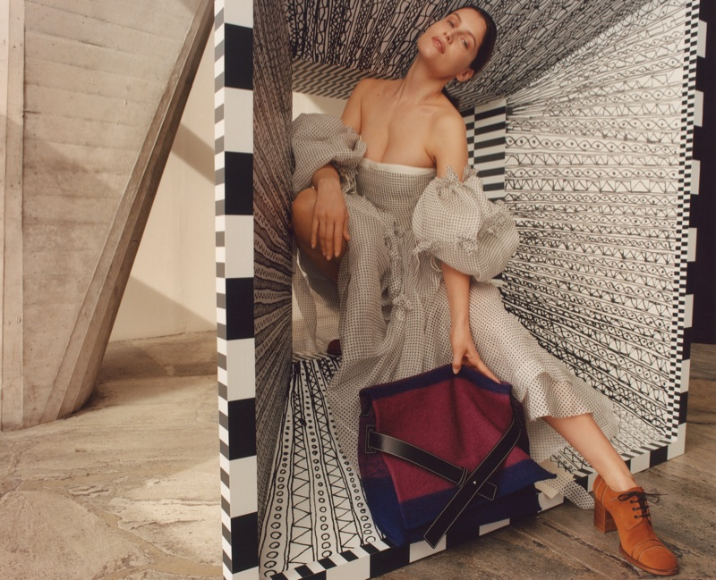 Laetitia Casta Steps Out of the Box in LOEWE Publication