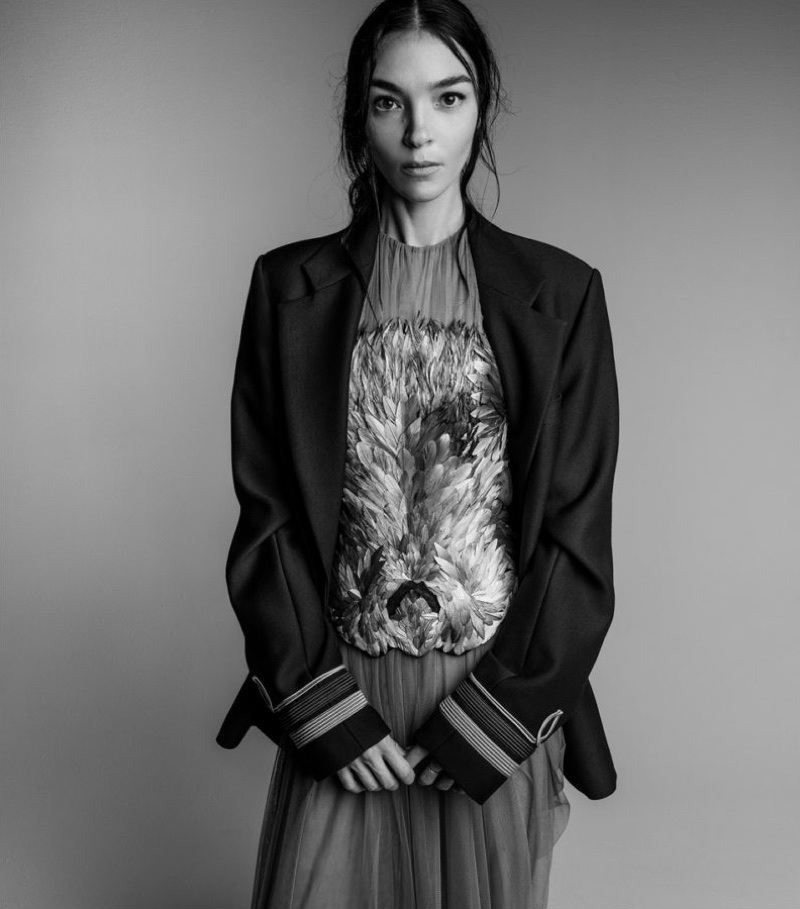 An image from Vera Wang's fall-winter 2017 campaign starring Mariacarla Boscono