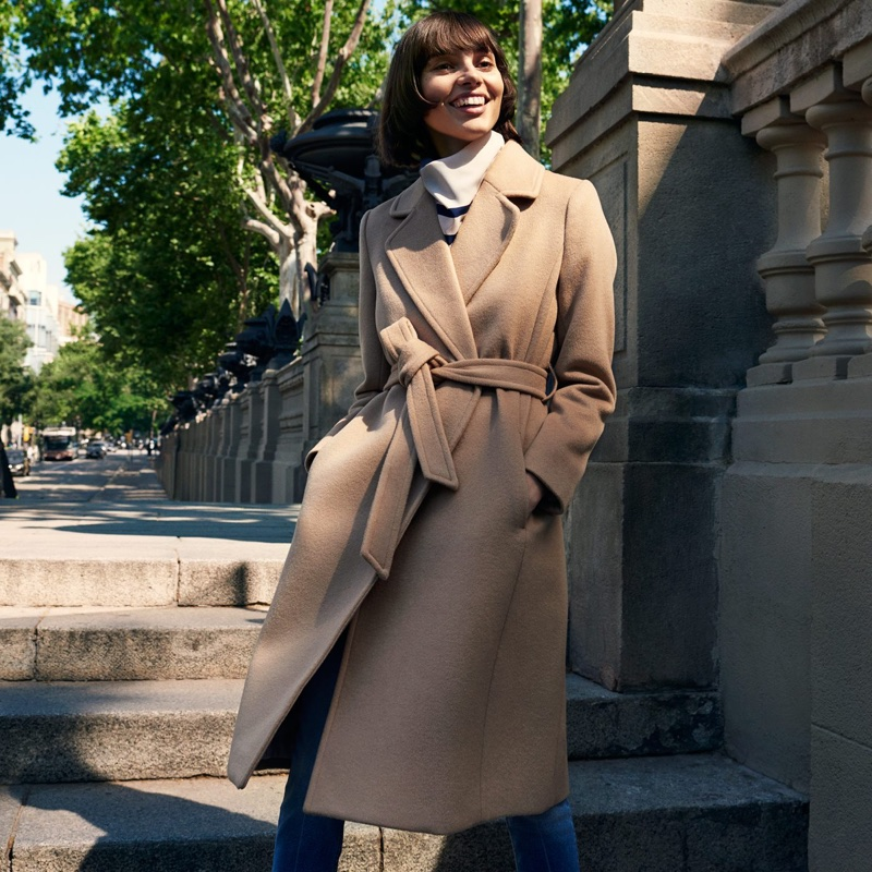 H&M Wool-Blend Coat, Fitted Shirt and Slim High Ankle Jeans