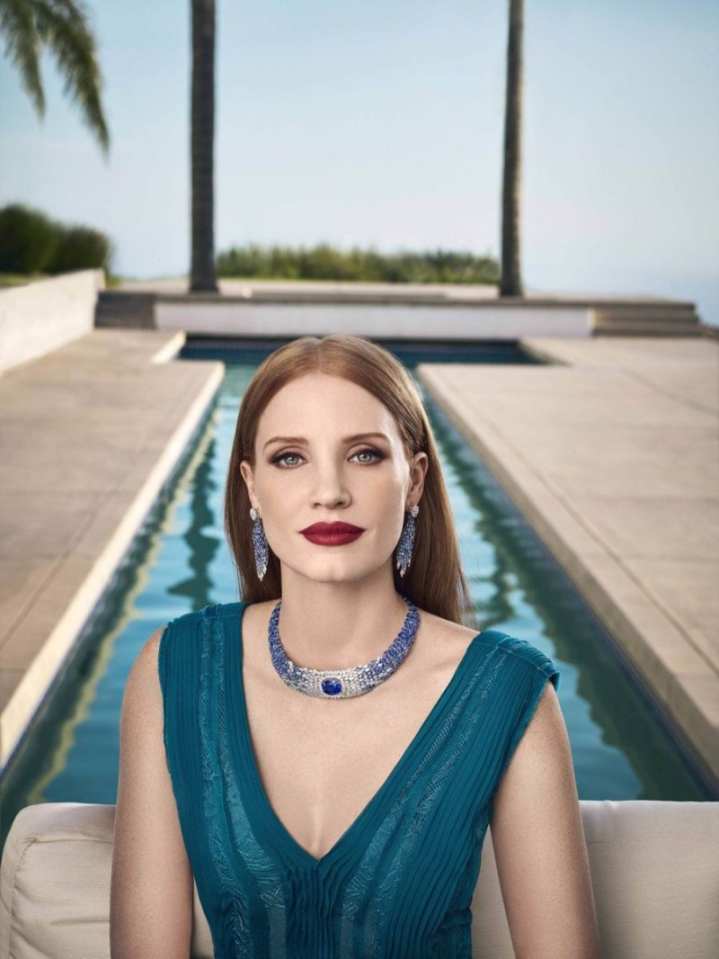 Actress Jessica Chastain wears glittering necklace and earrings from Piaget