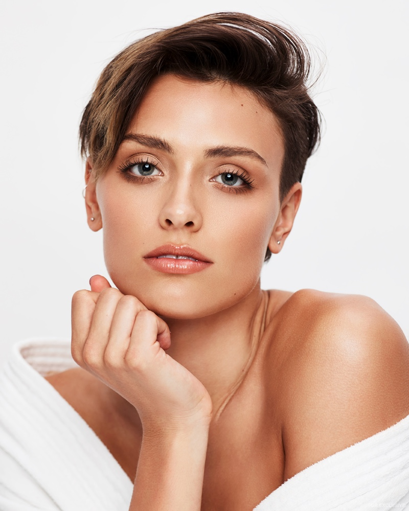 Wallis Day wears a fresh faced makeup look