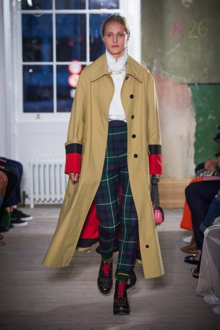 Burberry Brings Street Style to Fall 2017 Runway