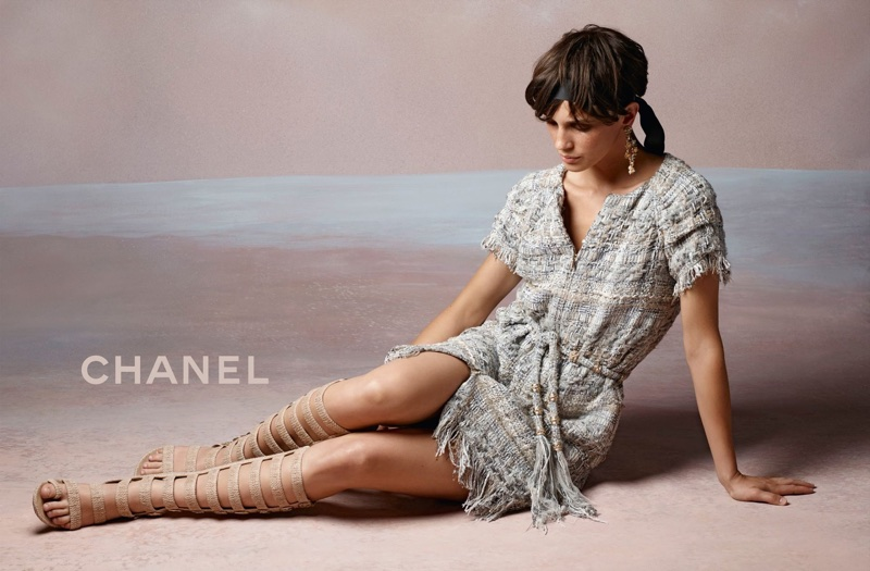 Karl Lagerfeld photographs Chanel's cruise 2018 campaign