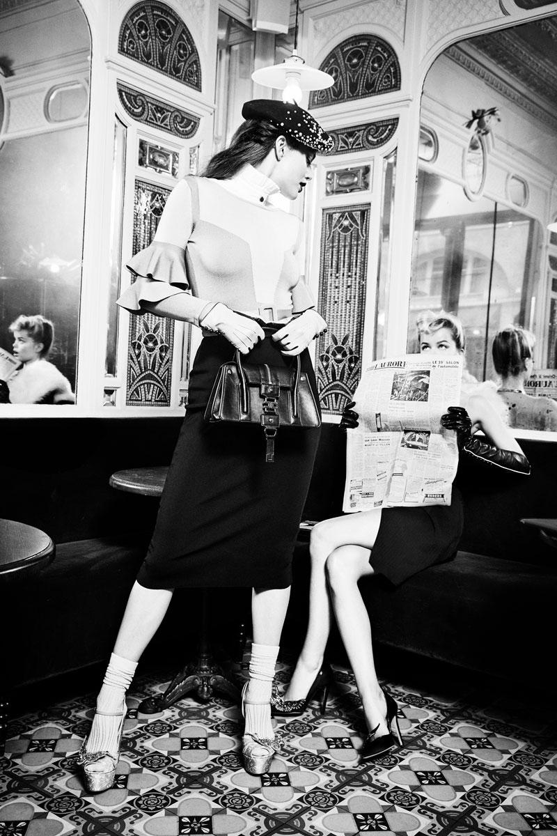 Elisabetta Franchi captures Parisian chic vibes for fall-winter 2017