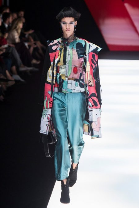Giorgio Armani Embraces Floral Blooms for Spring 2018