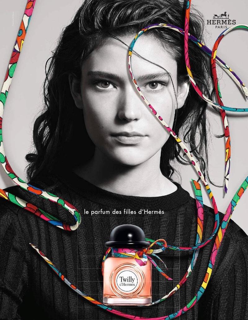 Zuzu Tadeushuk stars in  Twilly d'Hermès fragrance campaign
