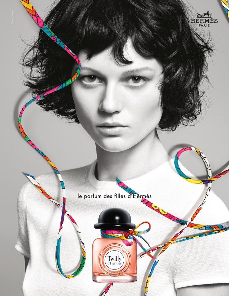 Ellen de Weer fronts Twilly d'Hermès fragrance campaign