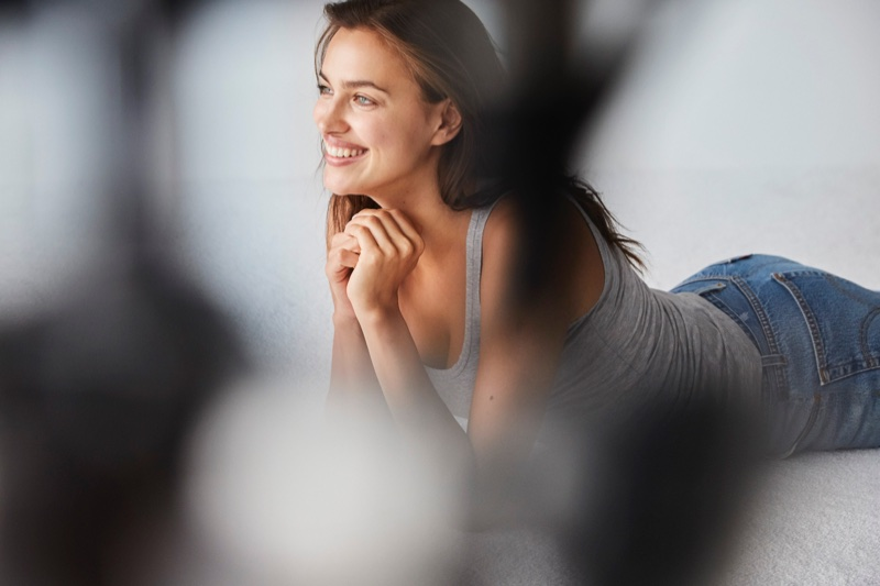 Irina Shayk poses behind-the-scenes at Intimissimi's #Insideandout campaign
