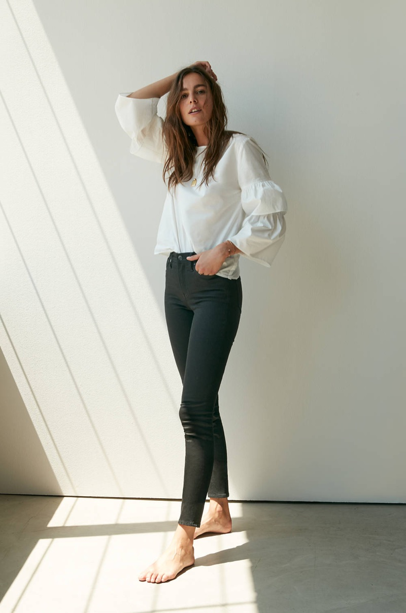 """Madewell Tiered-Sleeve Top, 9"""" High-Rise Skinny Jeans in Isko Stay Black and Treasure Pendant Necklace Set"""