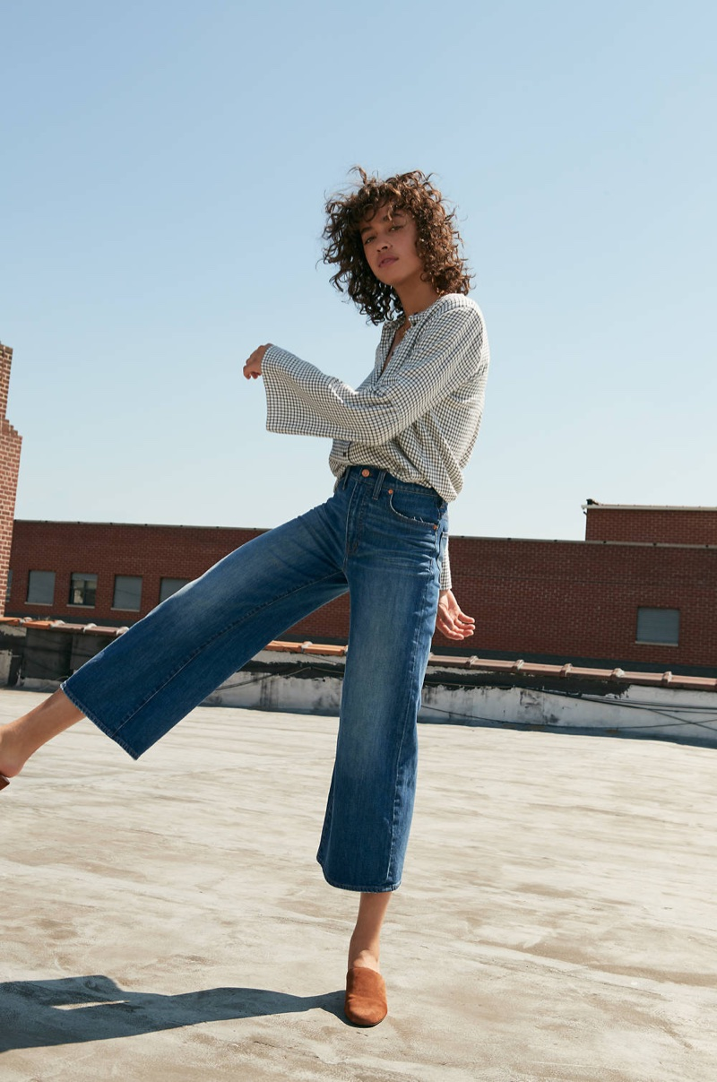 Madewell Bell-Sleeve Button-Down Shirt in Windowpane, Wide-Leg Crop Jeans in Bainbridge Wash and The Walker Mule in Suede