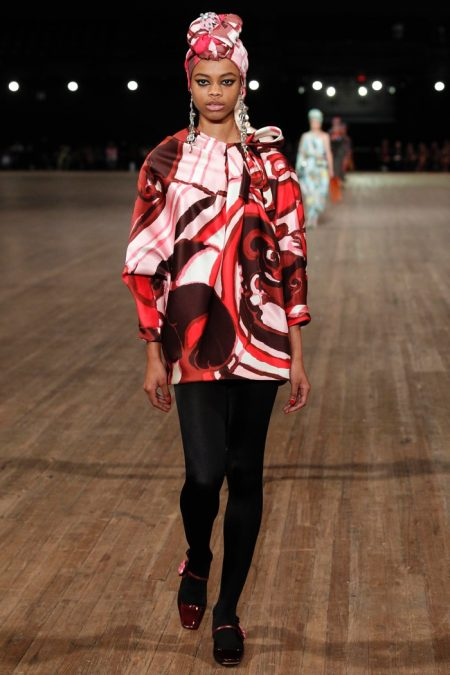 Marc Jacobs Goes Oversized for Spring 2018