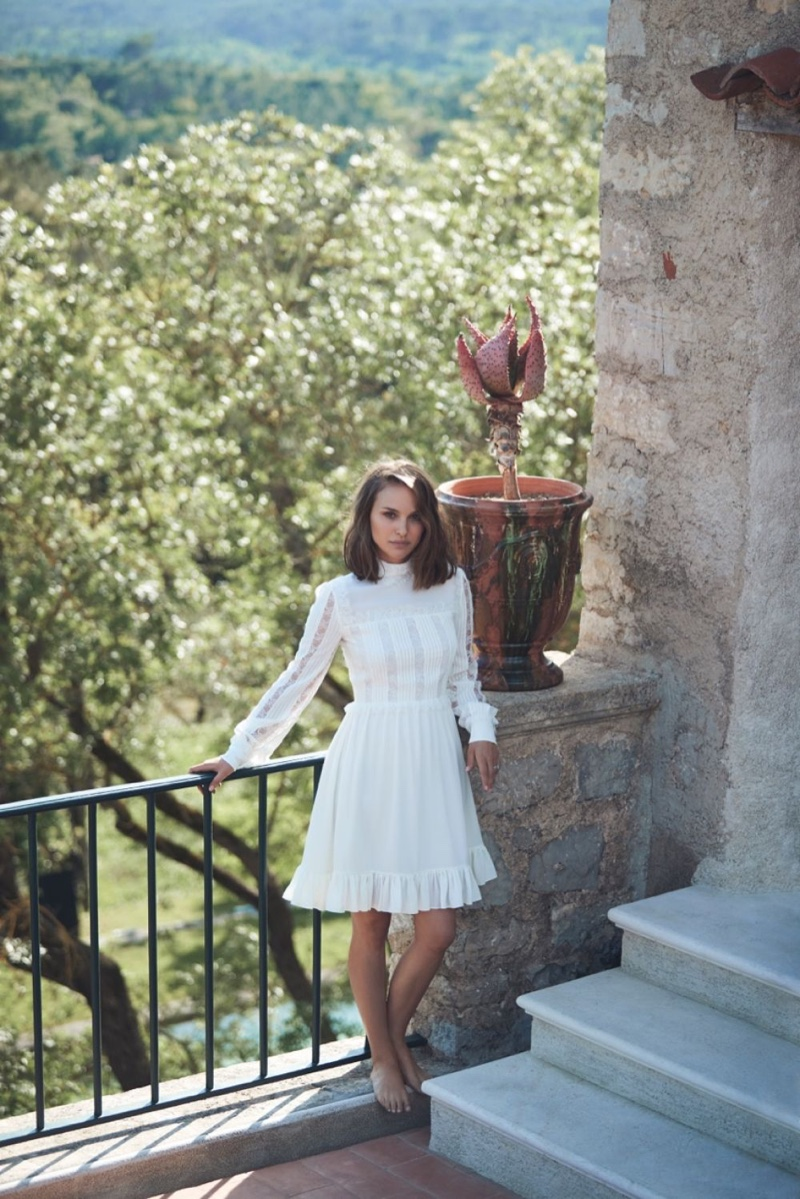 Natalie Portman wears a little white dress