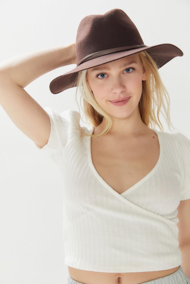 UO Anna Felt Panama Hat $39