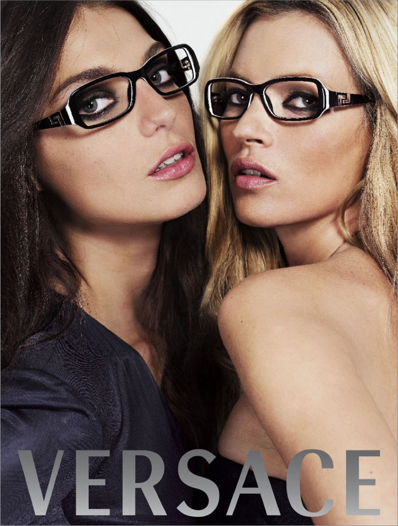 Daria Werbowy and Kate Moss for Versace fall-winter 2006 campaign
