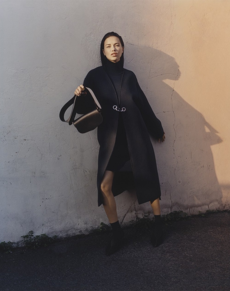 An image from Sportmax's fall-winter 2017 advertising campaign starring Adriana Lima