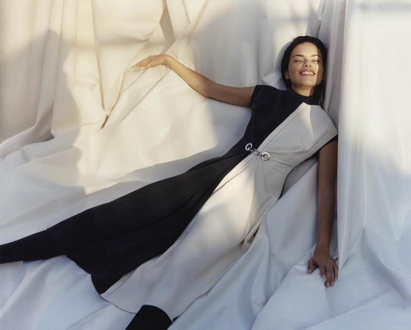 Adriana Lima models bi-color dress in Sportmax's fall-winter 2017 campaign