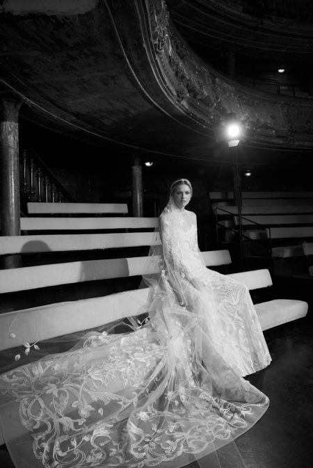 Elie Saab Bridal Hits the Stage for Fall 2018